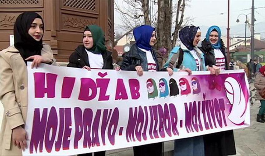 Bosnische muslimische Frauen für die Ehe